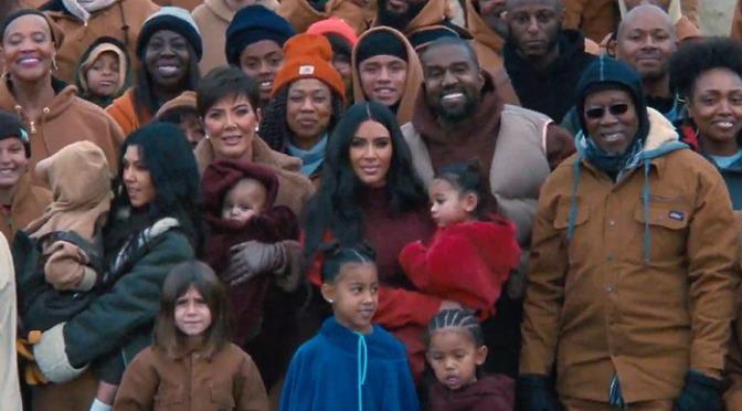 Video : Kanye West – Closed On Sunday